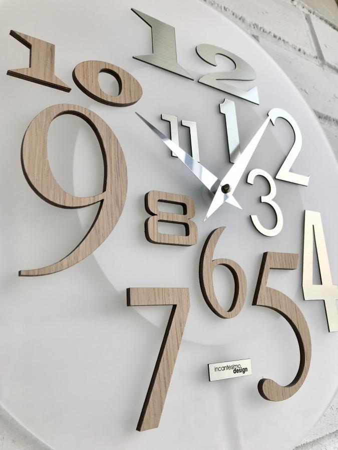 Настенные часы Incantesimo Design Модель 036 S Free (Янтарный дуб/Белый металлик)