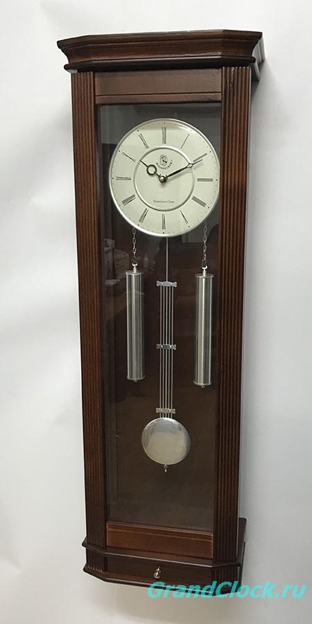 Настенные часы с маятником, мелодией  и боем  WOODPECKER 9328W (M) (07)