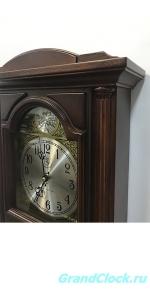 Настенные часы с маятником и мелодией WOODPECKER 9377 (M) (07)