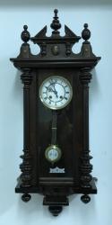 Настенные часы Gustav Becker 3